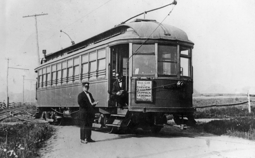 MCRTCo trolley and crew